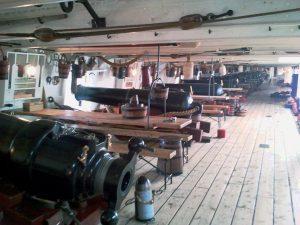 HMS Warrior (1860), az első acéltestű hadihajó felső ágyúfedélzete