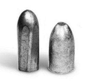 A Whitworth lövedék balra, az Enfield-é jobbra