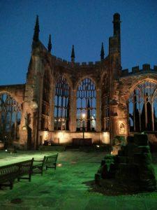 A katedrális romjai Coventryben, 2013